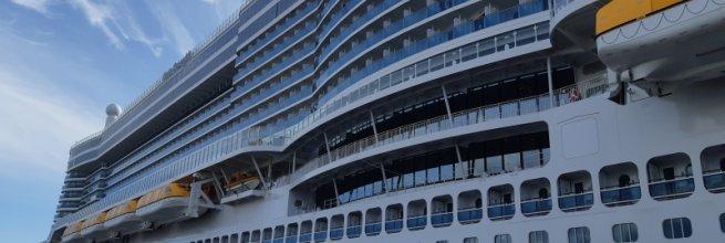 Skenování technologie na zaoceánské lodi
